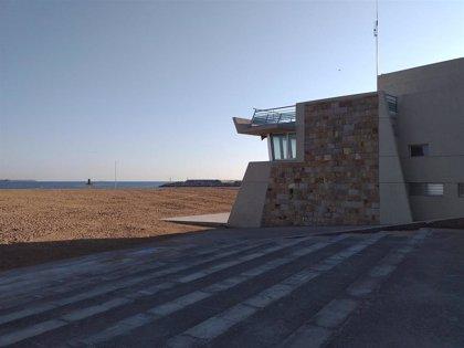 El Ayuntamiento adelanta a este sábado el inicio de la temporada de baños en las playas urbanas
