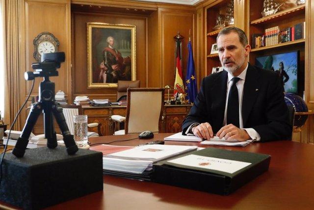 Economía.- El Rey aborda con los administradores de fincas las medidas frente a