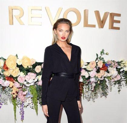 La modelo de Victoria's Secret, Romee Strijd, cumple su sueño de ser madre