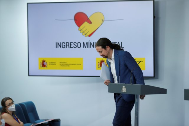 El vicepresidente segundo, Pablo Iglesias, ofrece una rueda de prensa tras el Consejo de Ministros celebrado este viernes, que ha aprobado el Ingreso Mínimo Vital, en Madrid (España), a 29 de mayo de 2020.