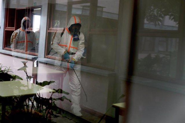 Coronavirus.- Portugal registra su mayor cifra de infecciones en tres semanas, c