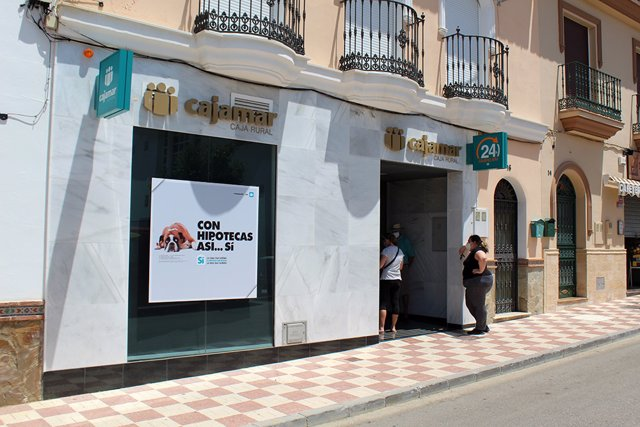 Oficina de Cajamar en Pizarra (Málaga)