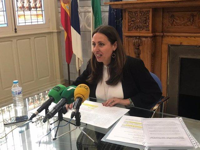 La delegada de Educación en Huelva, Estela Villalba.