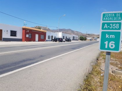 La carretera de Pampanico en El Ejido (Almería) tendrá cuatro rotondas tras una inversión cercana a los 1,5 millones