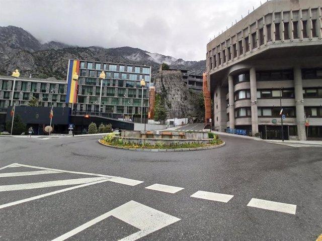 Los edificios del Comú d'Andorra la Vella, el Consell General y del Gobierno en el centro de la capital andorrana.