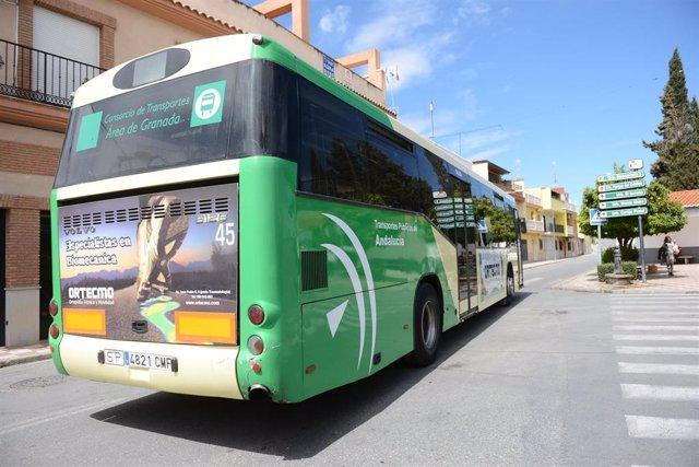 Autobús metropolitano de Granada