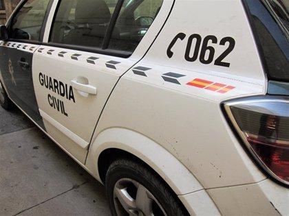La Guardia Civil auxilia en Fuensaldaña a un octogenario al ingresar su cuidador