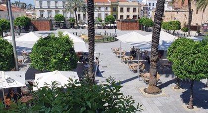 El Ayuntamiento de Mérida amplía el horario de cierre de las terrazas y veladores todo el verano