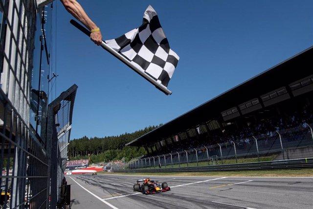 Bandera a cuadros en el Gran Premio de Austria de Fórmula 1