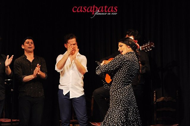 Imagen de recurso de una actuación de flamenco en Casa Patas.