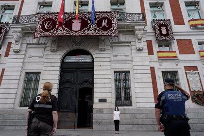 Madrid dedica a Castilla-La Mancha el minuto de silencio en memoria de las víctimas