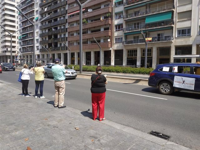 Manifestación de la Plataforma por la Libertad de Enseñanza de La Rioja en el centro de Logroño