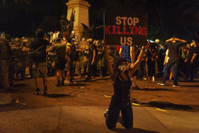 Protesta por la muerte de George Floyd en Washington