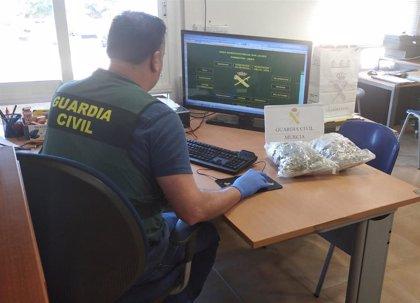 Detenido un individuo que enviaba marihuana por paquetería postal desde San Javier (Murcia) al Reino Unido
