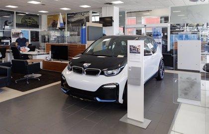 Las ventas de coches caen otro 73% en mayo y registran la segunda peor cifra histórica