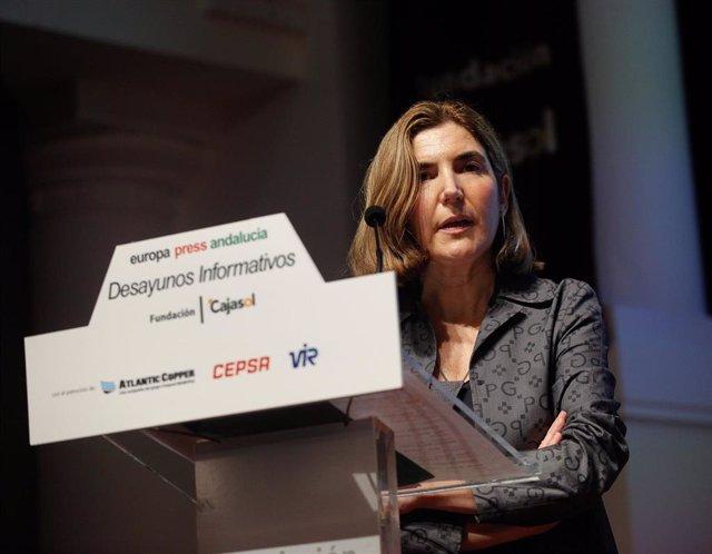 La consejera de Empleo, Formación y Trabajo Autónomo de la Junta de Andalucía, Rocío Blanco, durante su intervención en los desayunos informativos de Europa Press Andalucía.