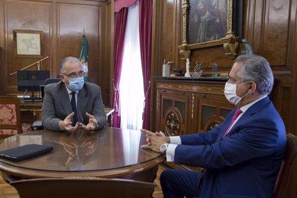 El presidente de la CEN traslada a Maya su disposición para estrechar la colaboración entre ambas instituciones