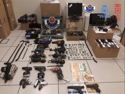 Desarticulado un grupo criminal asentado en Gipuzkoa acusado de cometer 28 robos con fuerza en empresas
