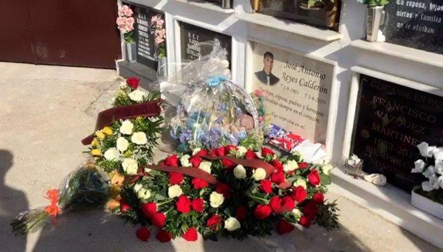 Fútbol.- El Sevilla recuerda a José Antonio Reyes en el primer aniversario de su