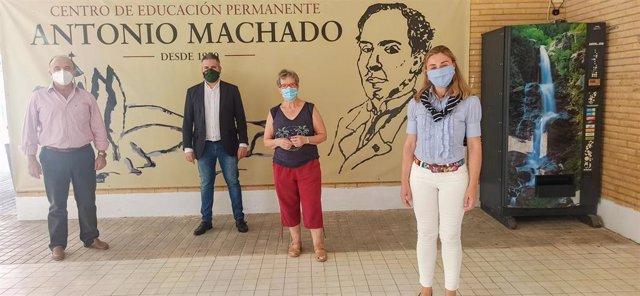 Vicita al Centro de Educación de Adultos Antonio Machado