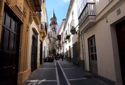 Granada, Jerez, Marbella (Málaga) y Sevilla suspenden en libertad económica, que solo aprueba Almería, según un estudio