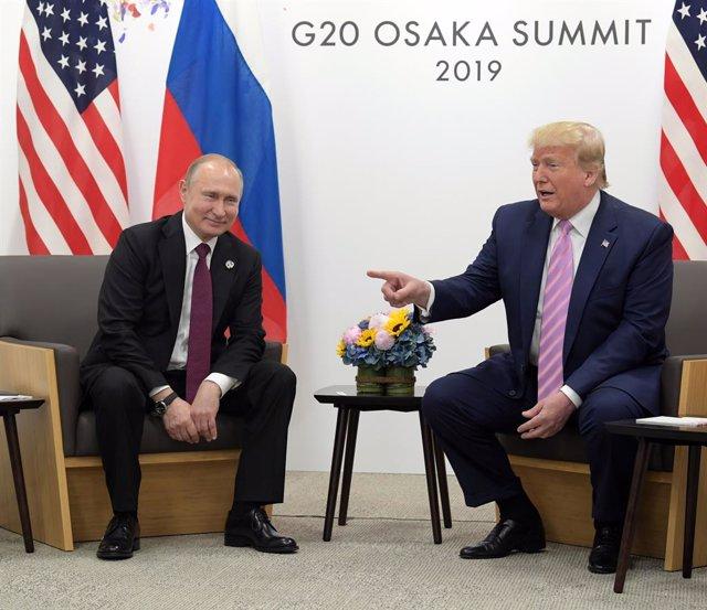 EEUU/Rusia.- Trump traslada a Putin su deseo de que participe en la próxima cumb