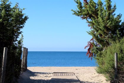 Islantilla (Huelva) organizará su playa en 14 áreas con aforo limitado y zona para grupos de riesgo