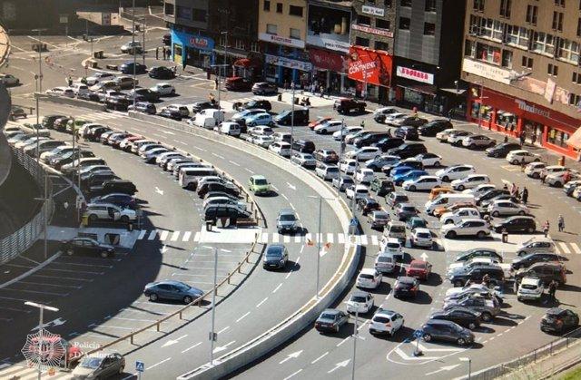 S'han registrat algunes cues de vehicles tant a la frontera com en el nucli urbà del Pas de la Casa, a Andorra.