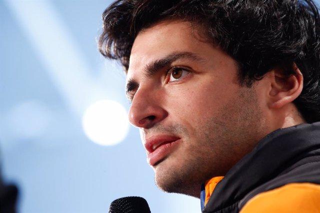 """Fórmula 1.- Un exingeniero de Ferrari le recomienda a Carlos Sainz que tenga """"la"""