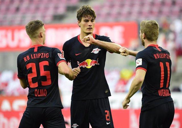 Patrik Schick, Dani Olmo y Timo Werner con el Leipzig