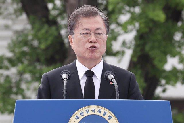 G-7.- El presidente de Corea del Sur acepta la invitación de Trump para particip