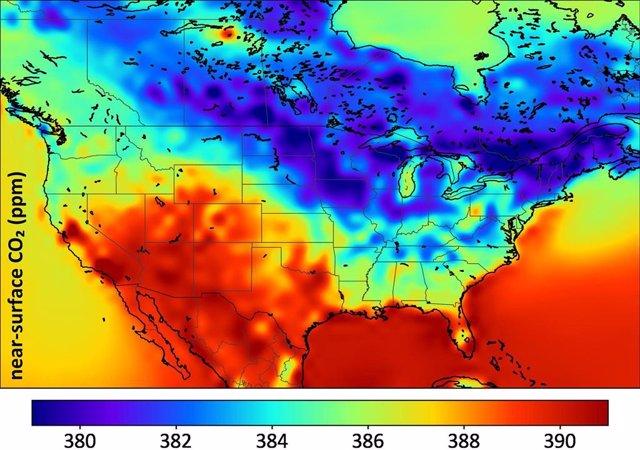 Simulación de distribución de CO2 sobre América del Norte para el verano de 2010
