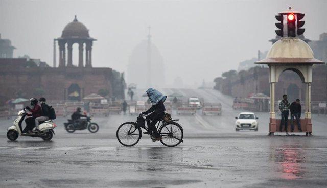 India.- Al menos 21 muertos por corrimientos de tierra por las lluvias en el est