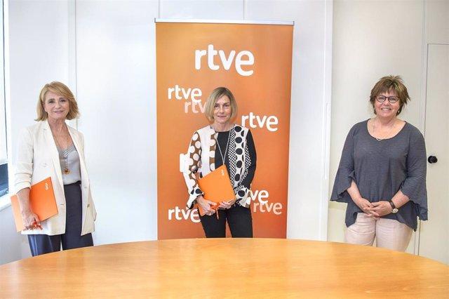 RTVE dona 60.000 euros obtenidos en premios a la investigación sobre el coronavirus del CSIC