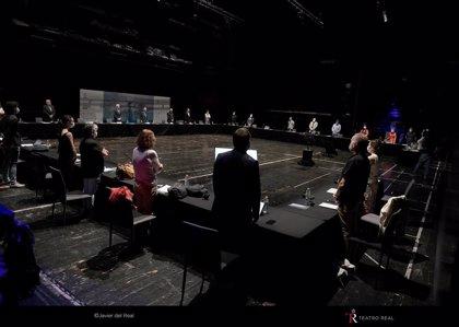 """El Teatro Real celebra la primera rueda de prensa como """"un primer paso a la normalidad"""""""