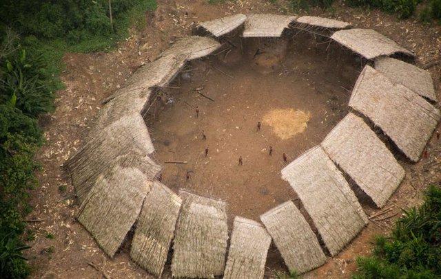 Territorio de los moxihatateas, los indígenas yanomami no contactados, en la Amazonía brasileña