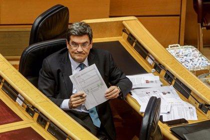 El Gobierno  garantiza que el ingreso mínimo vital no afectará a las pensiones y carga contra el PP por insinuarlo