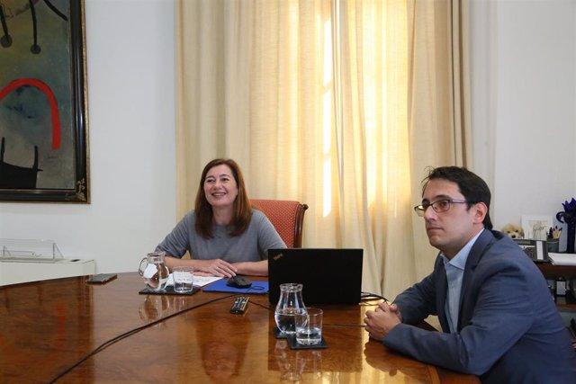 La presidenta del Govern, Francina Armengol, y el conseller de Modelo Económico, Iago Negueruela