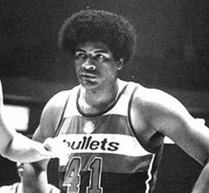 Fallece Wes Unseld, 'rookie' del año y MVP de la NBA en 1969