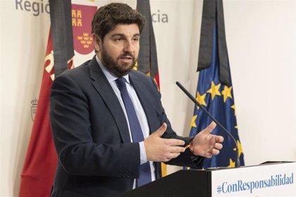 """López Miras tacha de """"escándalo"""" el cese de Pérez de los Cobos y que """"no haya intención de asumir responsabilidades"""""""
