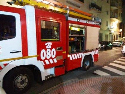 Veinte desalojados en Cuevas del Almanzora (Almería) tras un incendio de madrugada en un antiguo cuartel
