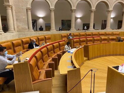 Salud y reconstrucción económica tras el coronavirus, y la concertada, mañana en el pleno del Parlamento riojano