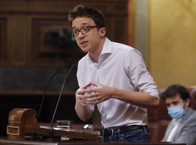 El líder de Más País, Íñigo Errejón, durante su intervención en el del pleno del Congreso que debate este miércoles la quinta prórroga del estado de alarma después de que el Gobierno rectificara ante la presión de los grupos y solicitara una ampliación de