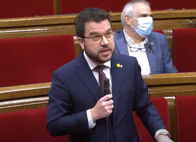 El vicepresidente de la Generalitat, Pere Aragonès, durante el pleno del Parlament.