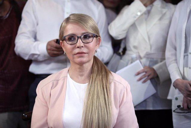 "19 June 2019, Ukraine, Kiev: Batkivshchyna (All-Ukrainian Union ""Fatherland"") party leader Yulia Tymoshenko files documents to the Central Election Commission for registration ahead of the 2019 Ukrainian parliamentary election. Photo: -/Ukrinform/dpa"