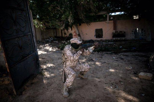 Libia.- HRW acusa a las fuerzas afines a Haftar de usar minas antipersona en su