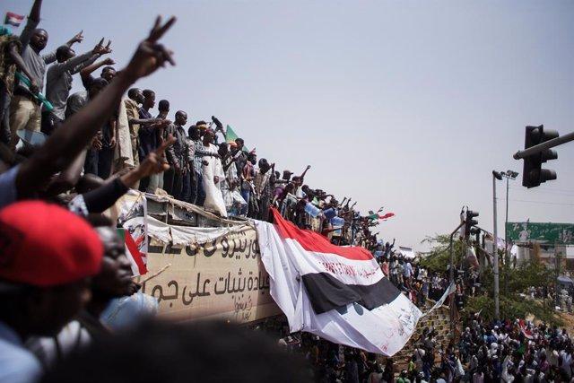 Sudán.- HRW denuncia que un año después de la matanza durante la sentada en Jart