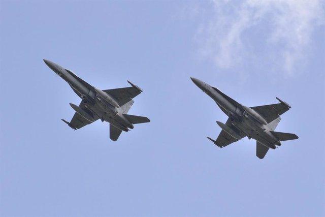 Aviones caza españoles F-18 en la misión de Policía Aérea del Báltico