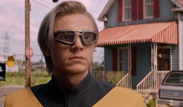 Evan Peters es Quicksilver en X-Men