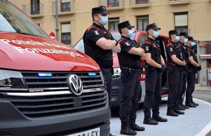 Presentados dos vehículos para las patrullas de respuesta inmediata de la Policía Foral